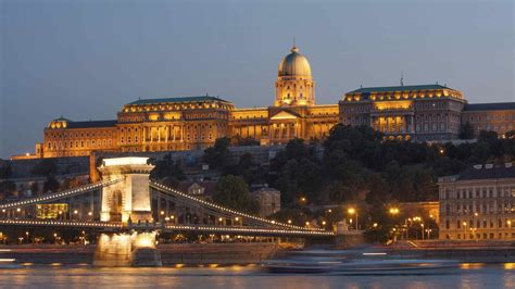 Discover the sights of Budapest's Castle District